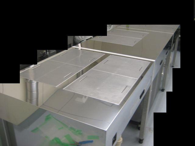 局所排気装置付切出しテーブルL1000型