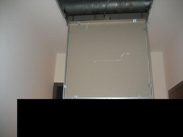 天井裏の配管系統に不備がある事を発見