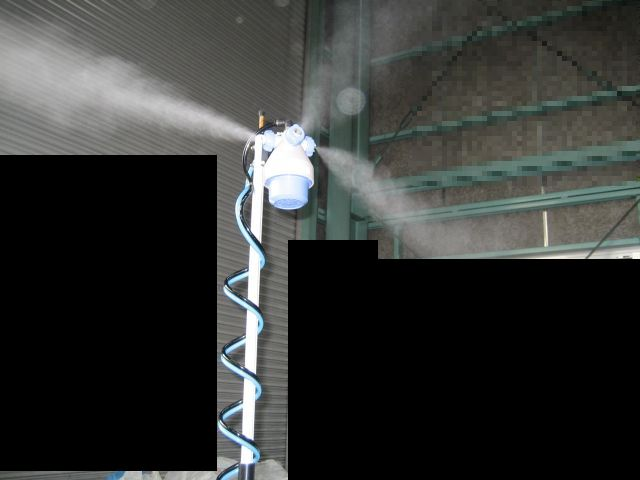 空間噴霧のデモ機